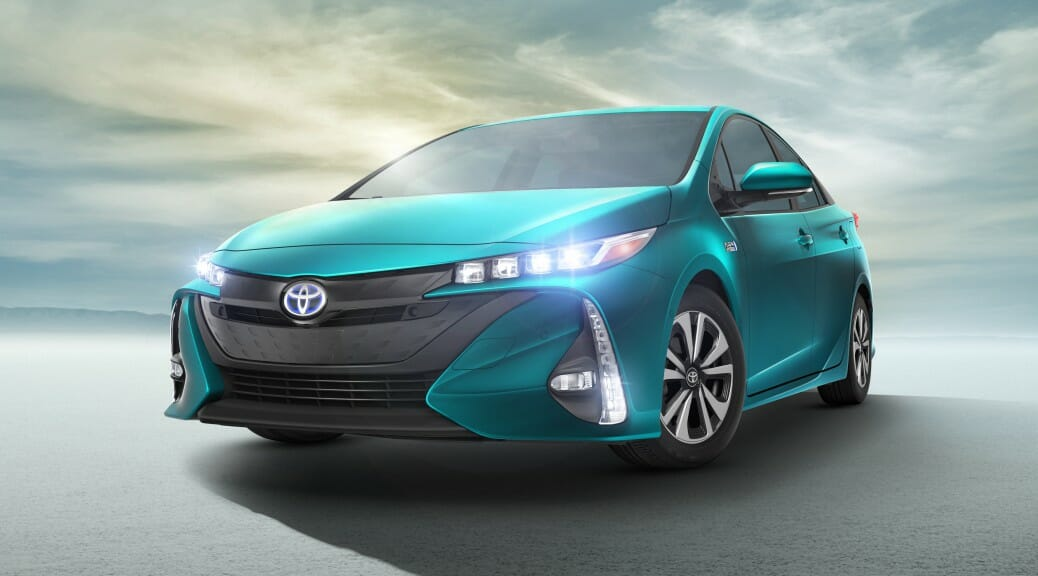 2017_Toyota_Prius_Prime_12_7DF62247FD502A2CAA87BDFD559ED7ED3BA65799