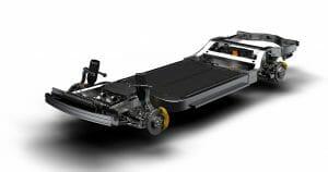 Rivianが「Skateboard」と名付けている「共通シャシー(chassis)」。バッテリーはもとより、操舵系もサスペンションも駆動系も全て装着されている。Rivianの公式サイトより転載。