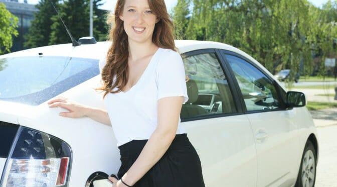 PHEVなら電気自動車みたいに充電しなくても走る。なんでPHEVじゃダメなの?違いは?