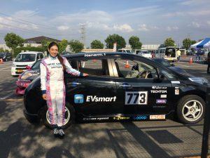 美しすぎるレースドライバー 塚本奈々美選手