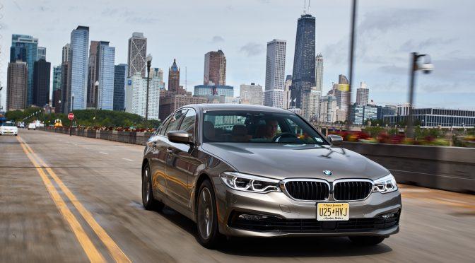 BMWが530e iPerformance PHEVを発表・発売開始