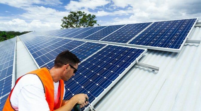 全米初: 新築住宅に太陽光発電パネル設置を義務づけたカリフォルニア州
