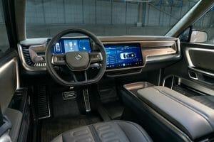 ピックアップの「R1T」のフロント席まわり。共通プラットフォームを使うため、SUVの「R1S」も同様のものと予想される。Rivianの公式サイトより転載。