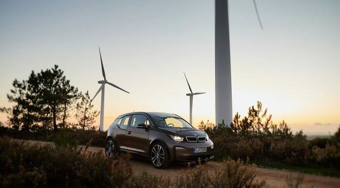 BMW i3 新型42kWhバッテリー搭載車のニュースをEVユーザー視点で深掘り