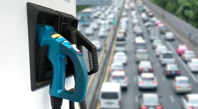 電力会社が電気自動車革命をリードしつつ利益を上げる方法