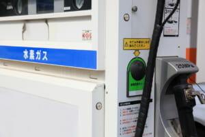 日本が躍起になっている「水素自動車(FCV)」と「水素ステーション」ですが、どうやら欧州では、いや世界では、今後10年は「バッテリー式電気自動車(BEV)」が主流になりそうです。
