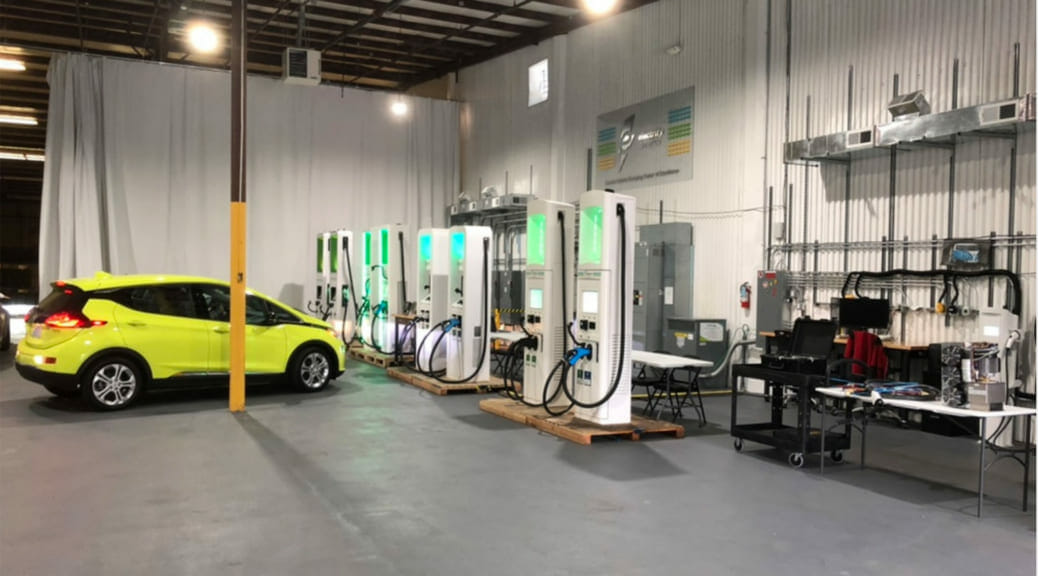 Electrify Americaが電気自動車用の新しい充電料金とモバイルアプリを発表
