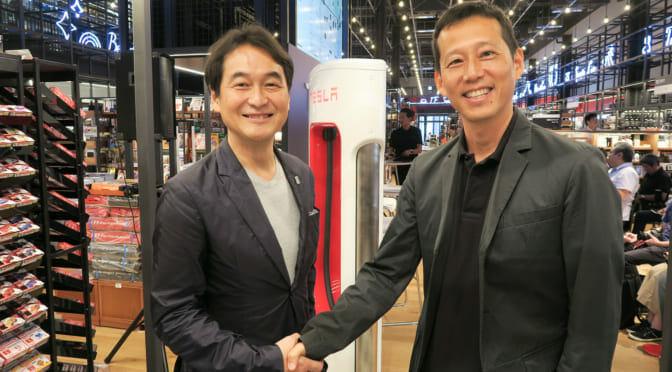 テスラのイベントで夏野剛氏と EVsmart 安川氏が電気自動車ライフを語る!