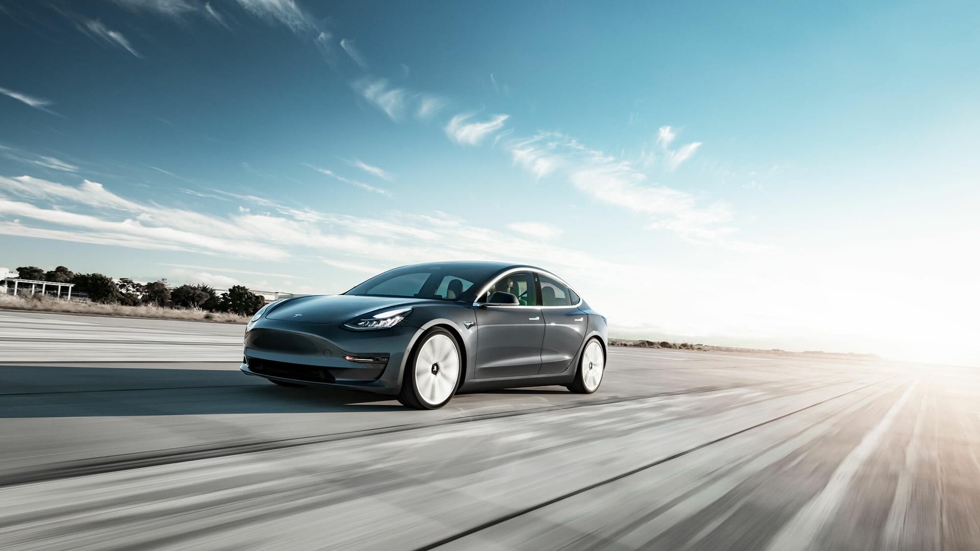 テスラは地球を救えるか? 〜 電気自動車社会実現を急ぐためにやるべきこと