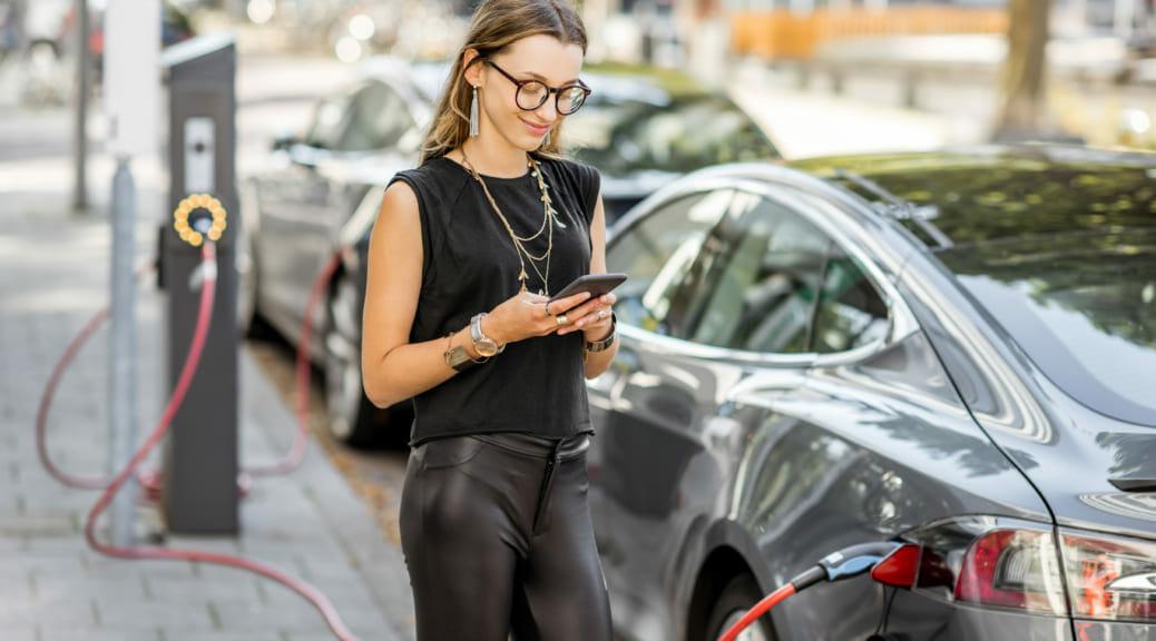 電気自動車の燃費=「電費」とは? を徹底解説!