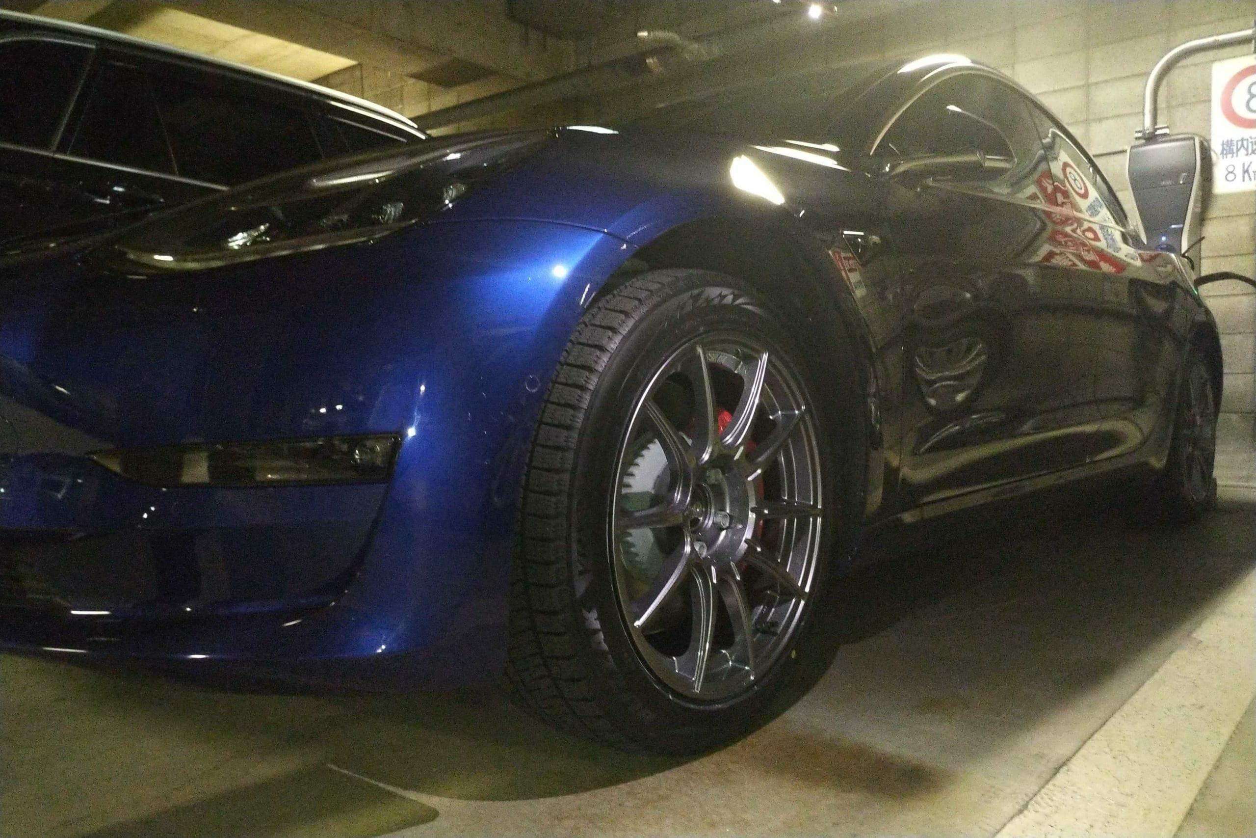 テスラモデル3パフォーマンスモデルにスタッドレスタイヤを装着 | EVsmartブログ