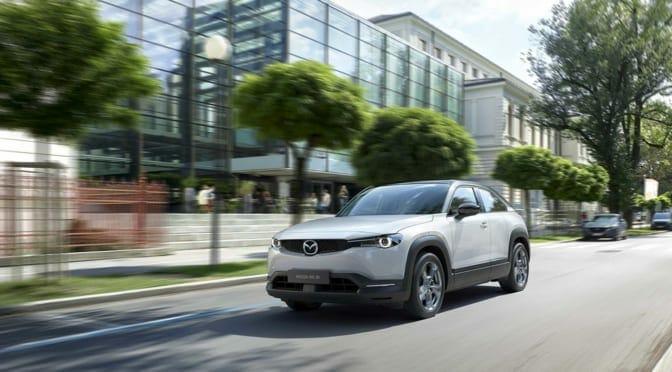 マツダ『MX-30』が日本国内でも今年中に発売か〜EVに必要十分な性能とは