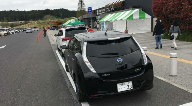 NEXCO西日本がSAPA急速充電器増設〜充電渋滞は解消される?