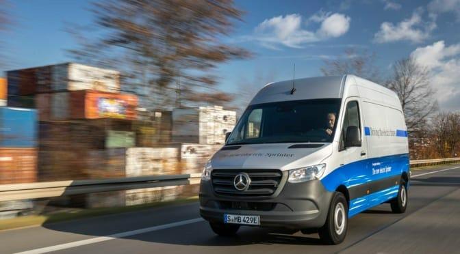 メルセデスベンツがコネクテッドカーの商用電気自動車(EV)「eスプリンター」を発売