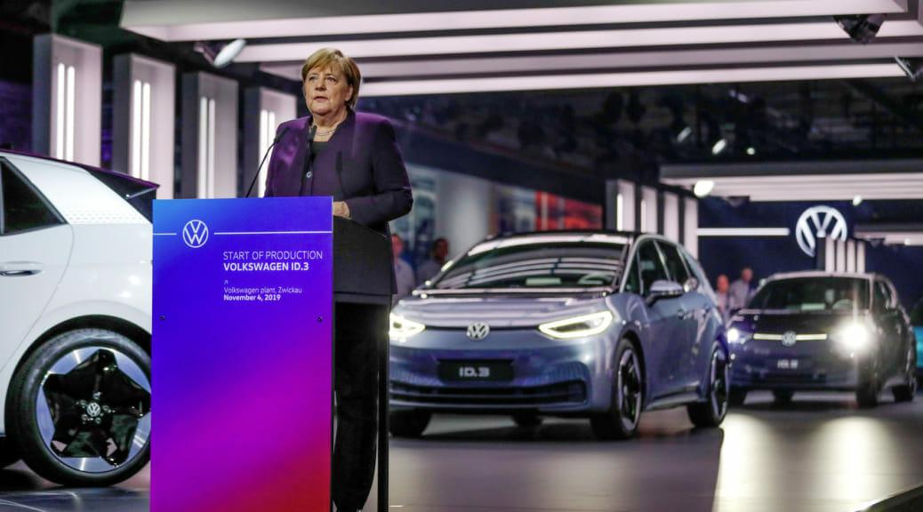 フォルクスワーゲンCEO「電気自動車への移行をより早めないと、私達はNokiaの二の舞になる」