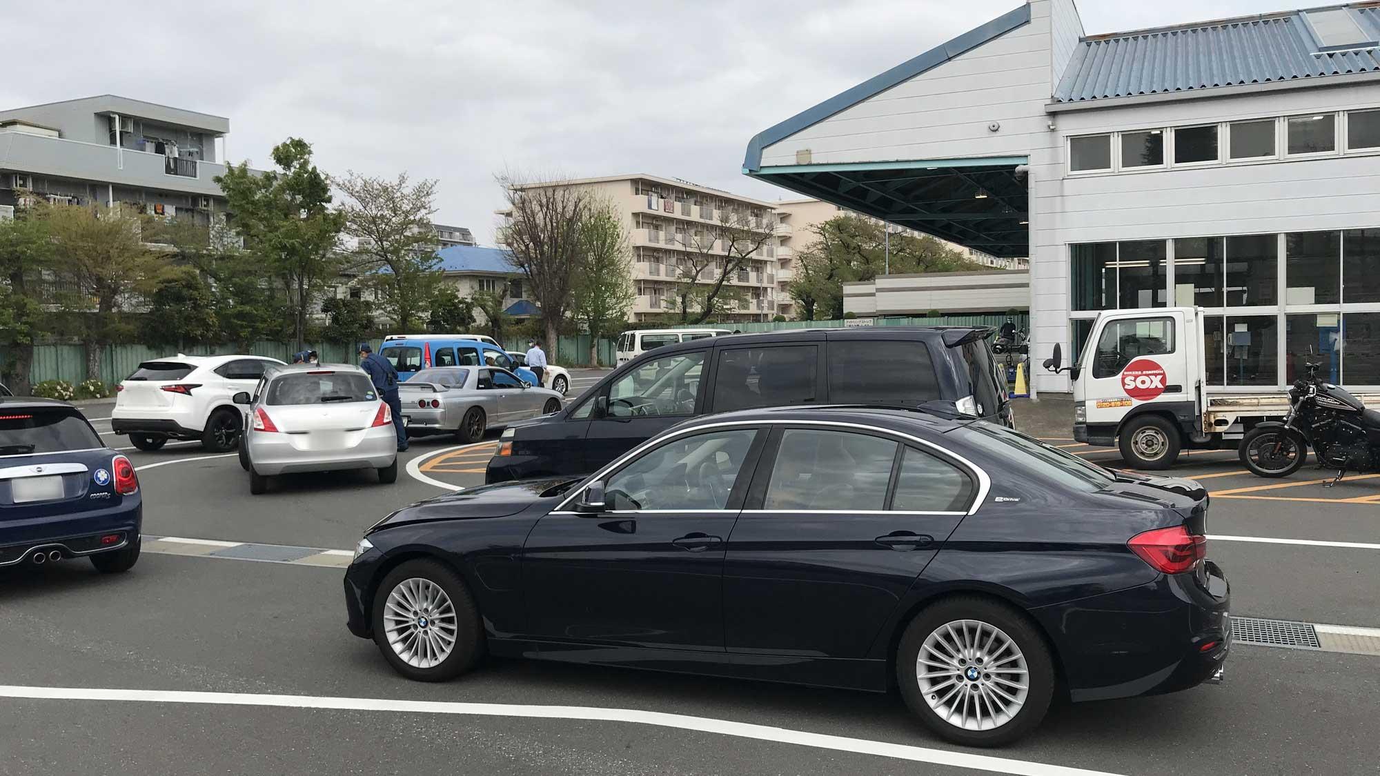 EVやPHEVはユーザー車検がお得で簡単〜『BMW 330e』実録レポート【国沢光宏】   EVsmartブログ