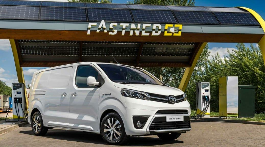 トヨタが欧州で商用電気自動車『プロエース・エレクトリック』の予約受付を開始