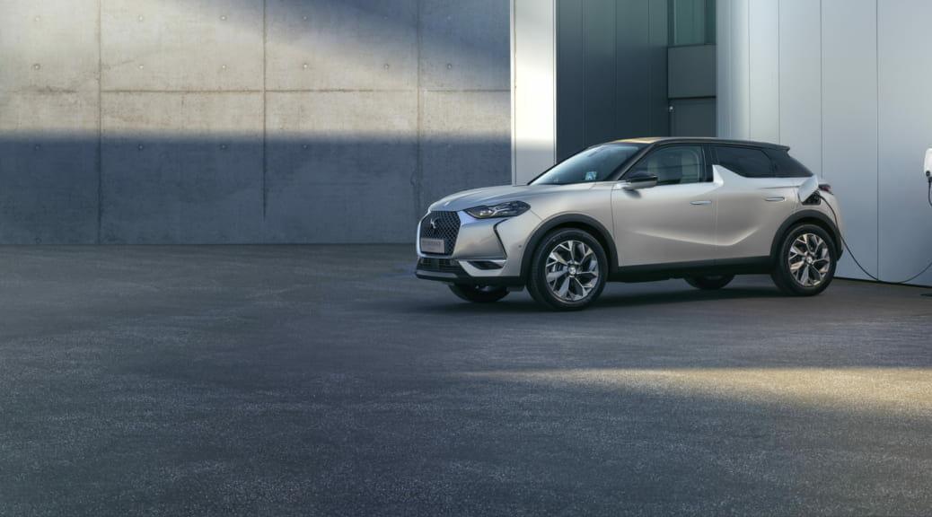 電気自動車SUV『DS 3 クロスバックE-TENSE』の日本導入が発表