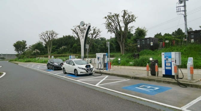 東名高速海老名SA上下線に90kW急速充電器増設〜NEXCO中日本に質問してみた