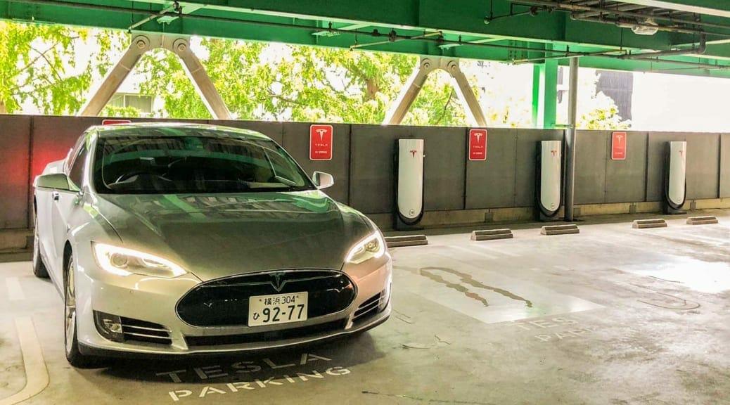 名古屋星が丘にテスラスーパーチャージャー開設〜電気自動車充電インフラってどうなんだ?
