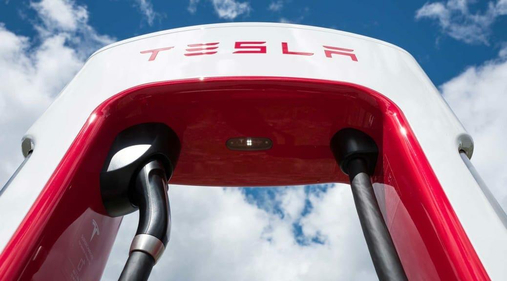 電気自動車用バッテリーの最前線〜テスラ「ミリオンマイルバッテリー」とは?