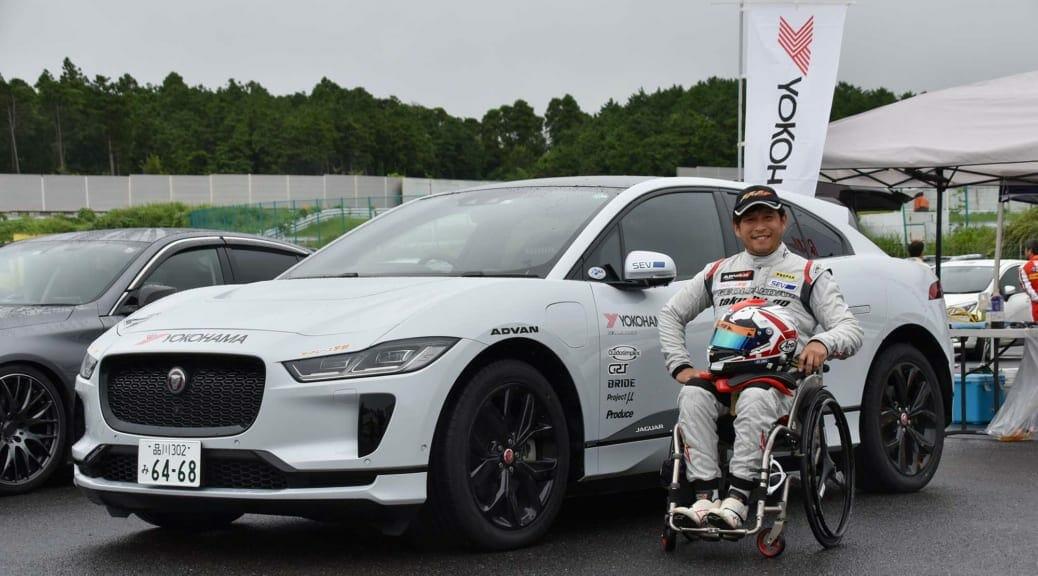 青木拓磨さんがジャガー・アイペイスで国内EVレース初挑戦4位
