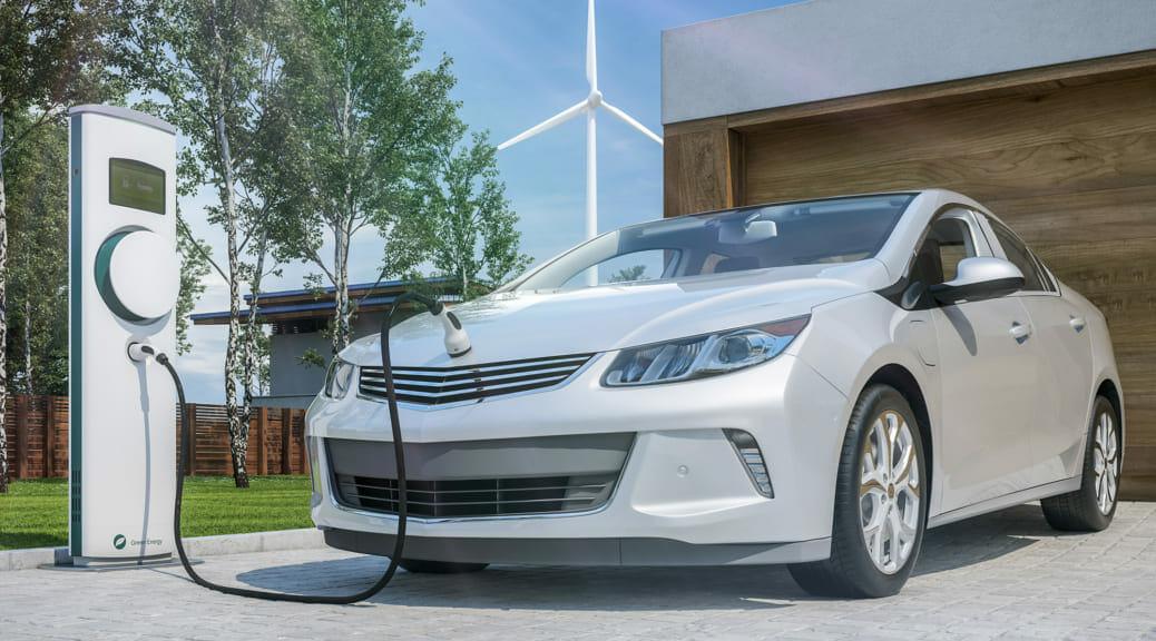 集客施設は「1日も早く電気自動車用普通充電設備を設置すべき」な2つのニュース