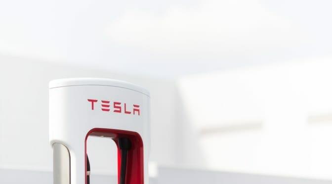 赤坂のホテル駐車場にテスラスーパーチャージャーなど設置〜スマートなEV用充電インフラとは