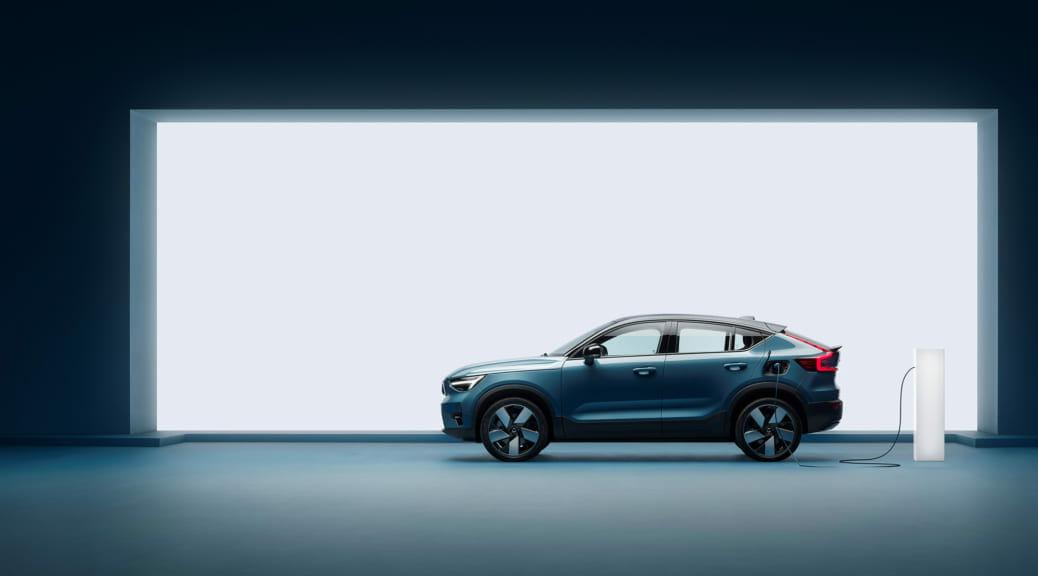 ボルボが2030年までに電気自動車だけのブランドになると発表〜日本では画期的サブスク販売で新型車導入も