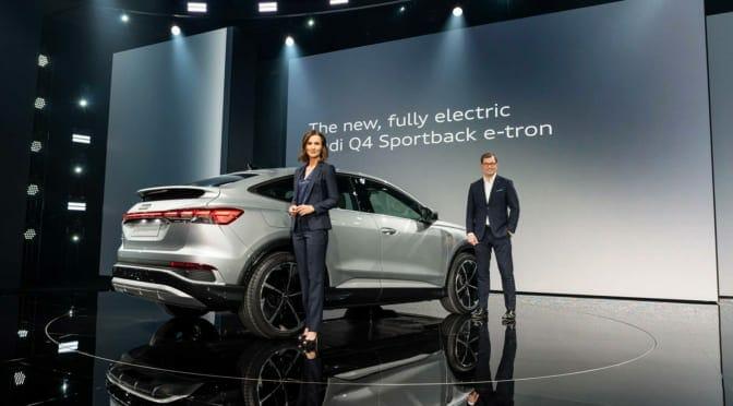 コンパクトSUVの電気自動車『Audi Q4 e-tron』世界初公開〜日本導入は来春か