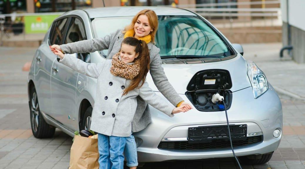 自動車4社が e-Mobility Power へ出資のニュースに、改めて「期待」を整理してみる