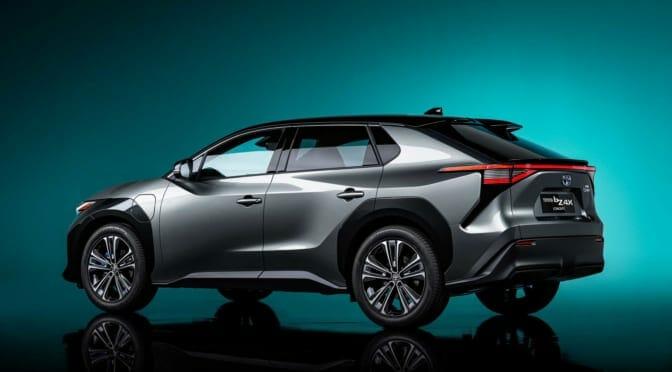 トヨタが電気自動車シリーズ『bZ』発表〜世界は「グリーンウォッシュ」を懸念?