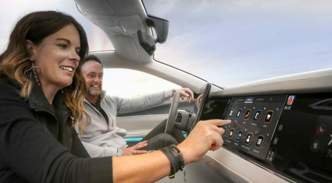 ステランティスとフォックスコンがコネクテッドカー開発を進める合弁会社『Mobile Drive』を設立