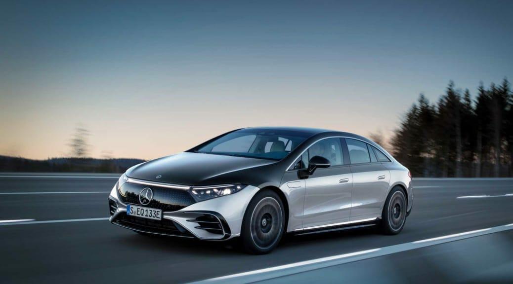 衝撃! メルセデスベンツが10年以内にすべて電気自動車へ移行の方針を発表