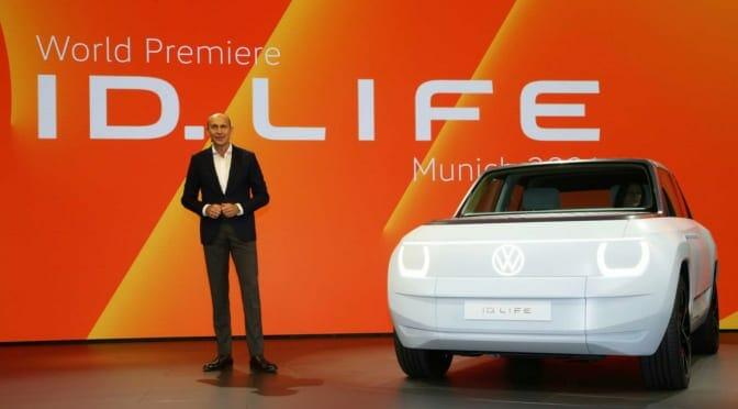 フォルクスワーゲンが約260万円のコンパクト電気自動車『ID. LIFE』を世界初公開