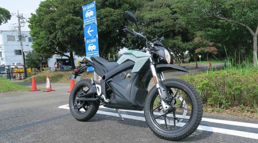 XEAMが導入する『ZERO DS & FXS』試乗記〜中高年ライダーの爽快! 電動バイク初体験