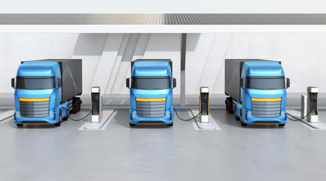 WattEVが大型電気トラック用太陽光充電ステーションの建設に着手〜EVトラック新ビジネスも提供